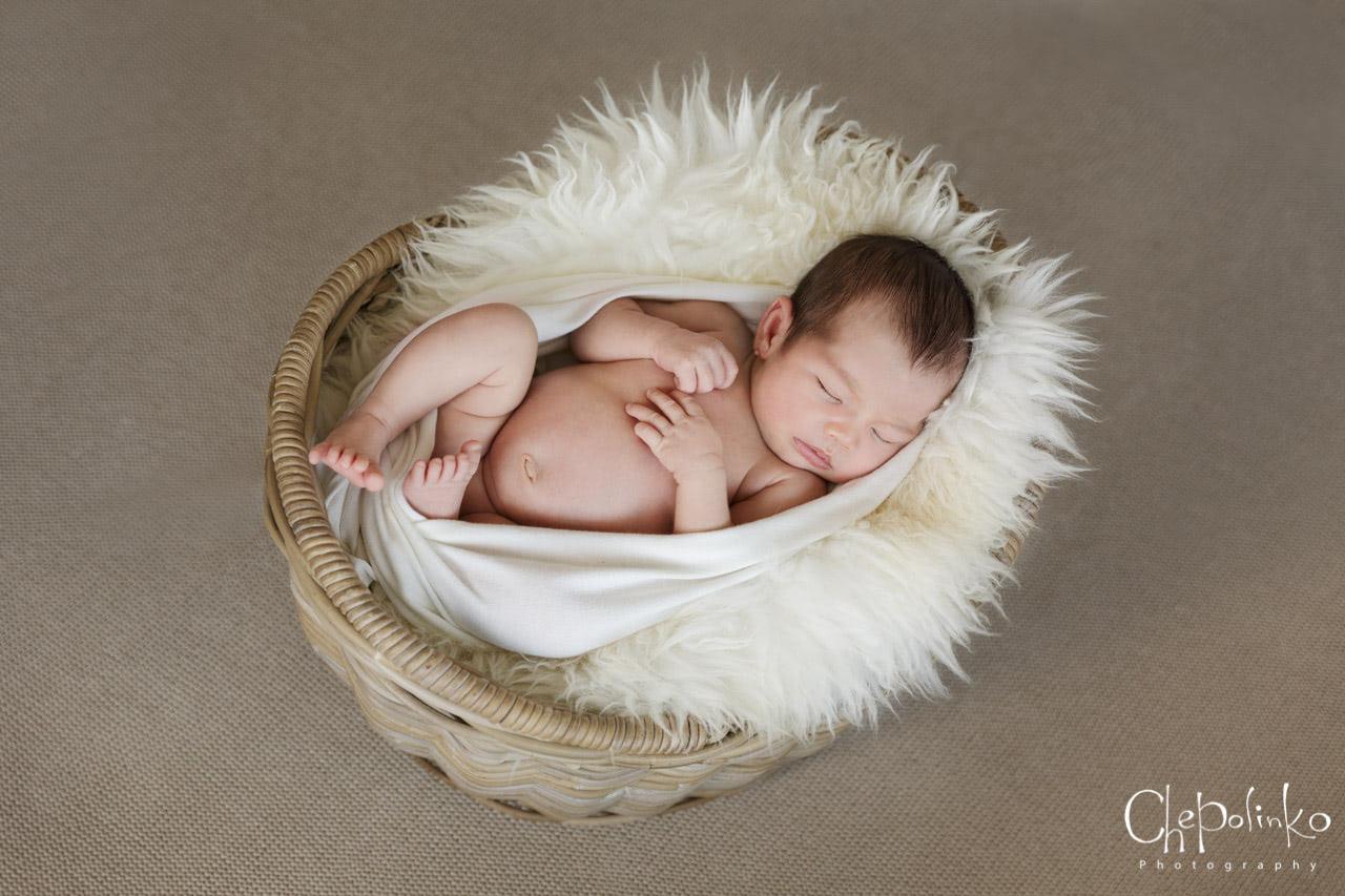 Newborn-Emily-1