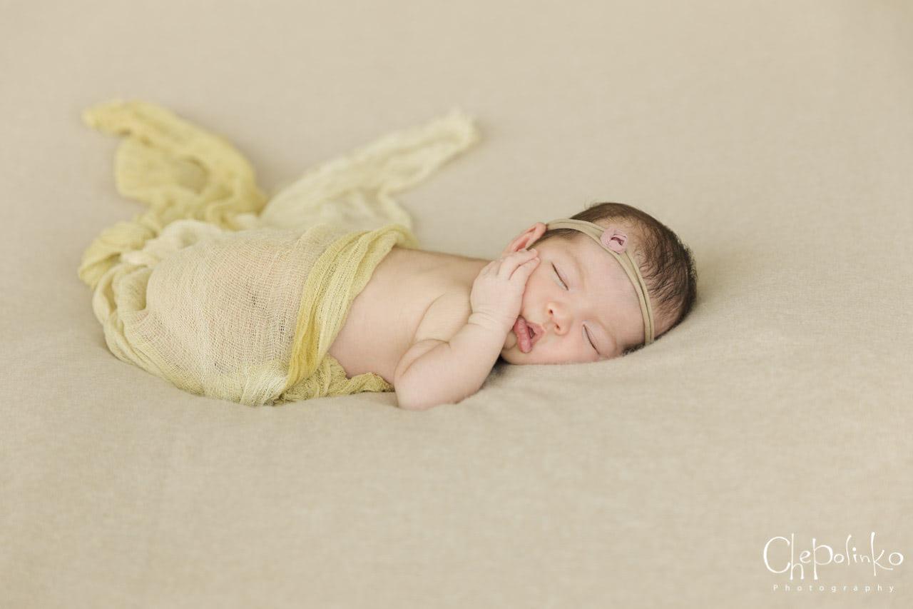 Newborn-Emily-7