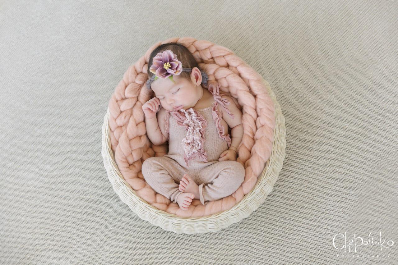Newborn-Emily-9