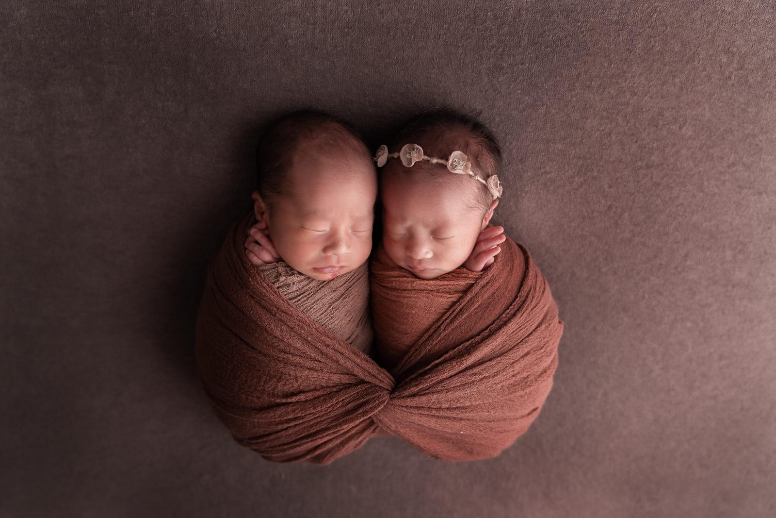 双子のニューボーンフォト